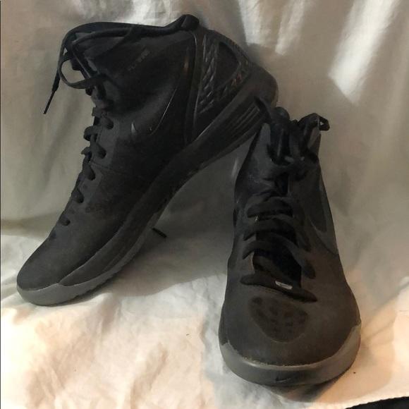 b69226701e4b Nike Flywire Hyperdunk basketball shoes. M 5caa8bf89ed36dc7997c6f31